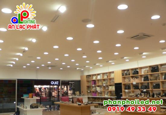 Đèn LED Downlight âm trần Philips 59200 3.5W Meson 080