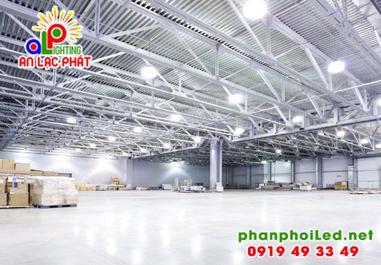 Đèn LED nhà xưởng Philips 150W, đèn Highbay chiếu xưởng