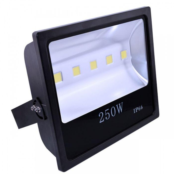 Giá của đèn pha led Philips tùy thuộc vào nhiều yếu tố