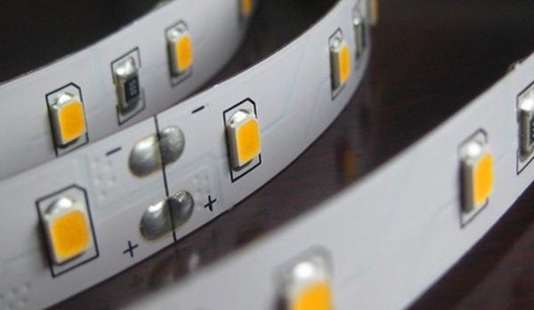 Đèn led dây Paragon Led2835 siêu sáng giá rẻ
